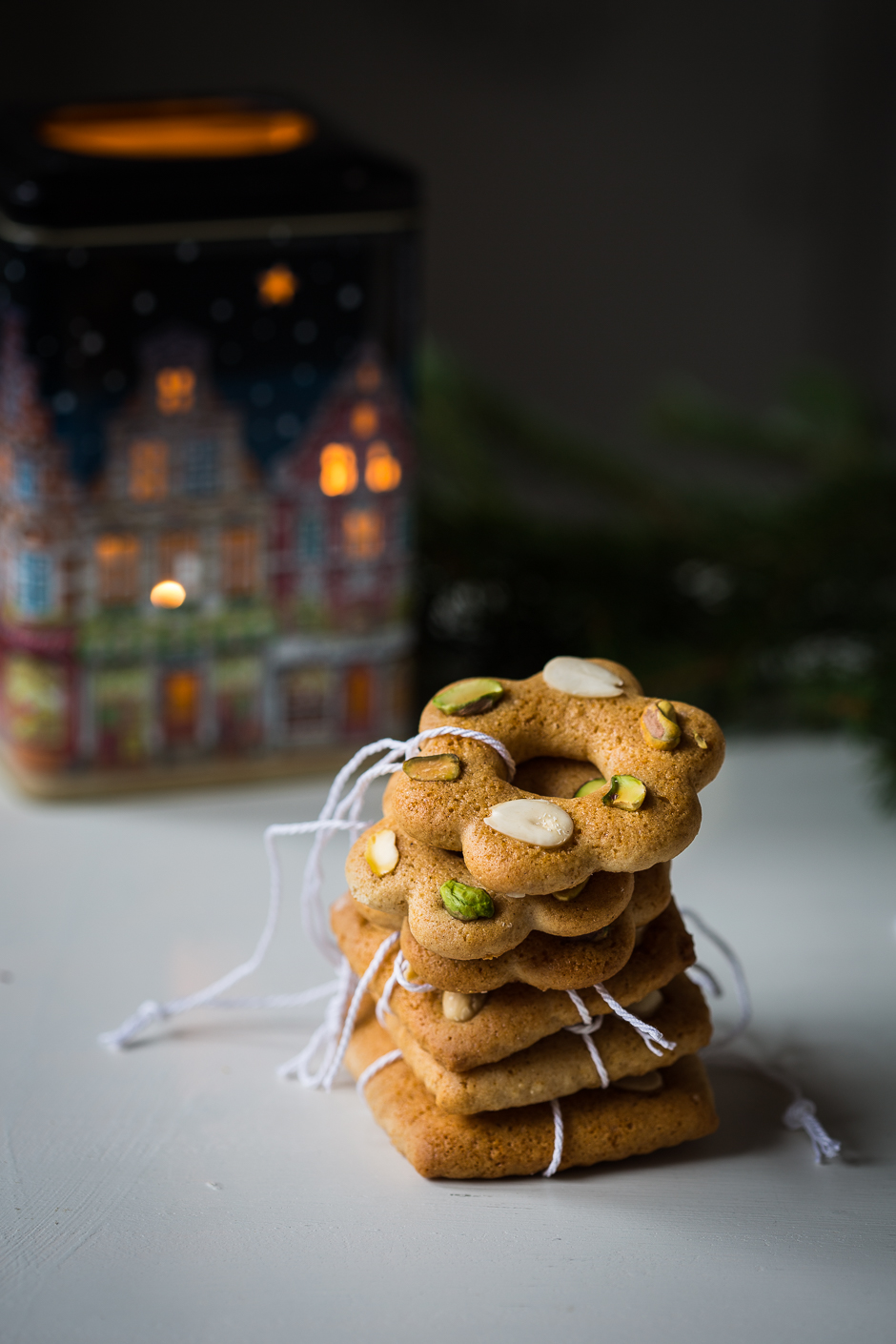 edible Christmas ornaments- gingerbread cookies from the Taste of Memories Hungarian country kitchen www.tasteofmemories.com