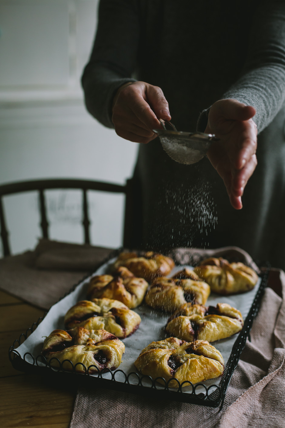 lekváros táska az Emlékek Íze konyhájából/jam pastries from the Taste of Memories Hungarian country kitchen www.tasteofmemories.com